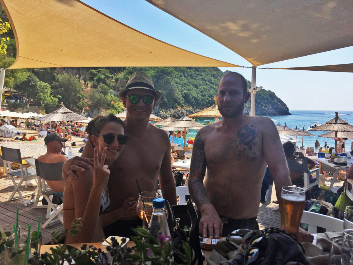 Akron beach bar restaurant paleokastritsa corfu Champagne party 00006