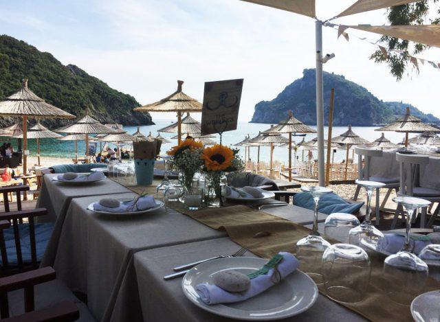 Akron-beach-bar-restaurant-paleokastritsa-corfu-wedding-tim-and-corinna-00002
