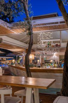 Akron beach bar restaurant paleokastritsa corfu Akron Luxury 00002 1